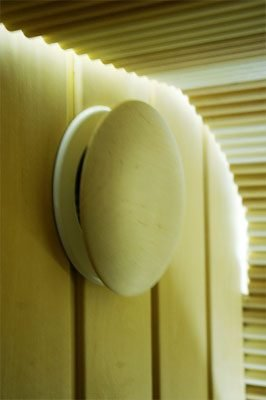 Вентиляционный клапан Ø — 100 mm сосна